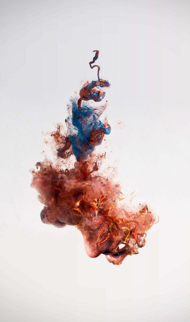红色烟雾海报